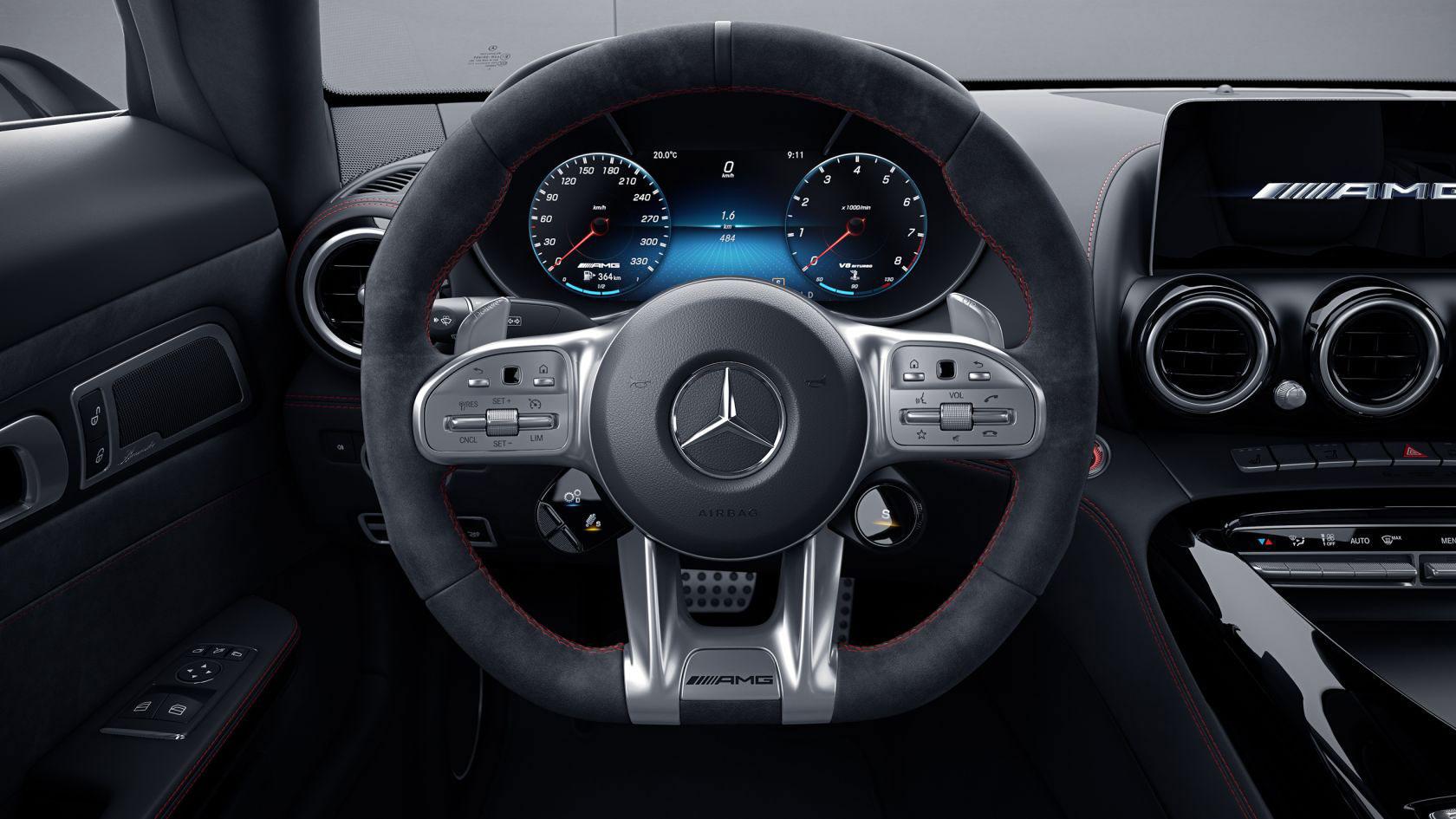 Mercedes-AMG GT Roadster Interior 01