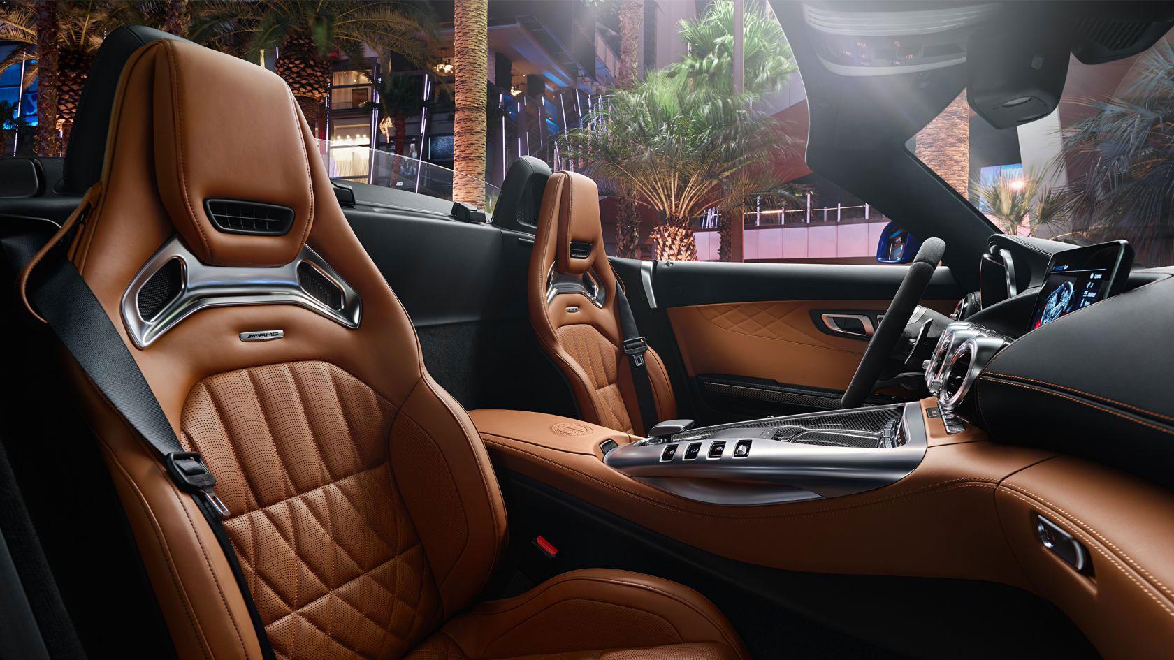 Mercedes-AMG GT Roadster Interior 06