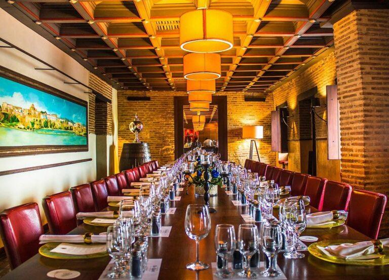 Interior del Restaurante Pat'e Palo en Santo Domingo