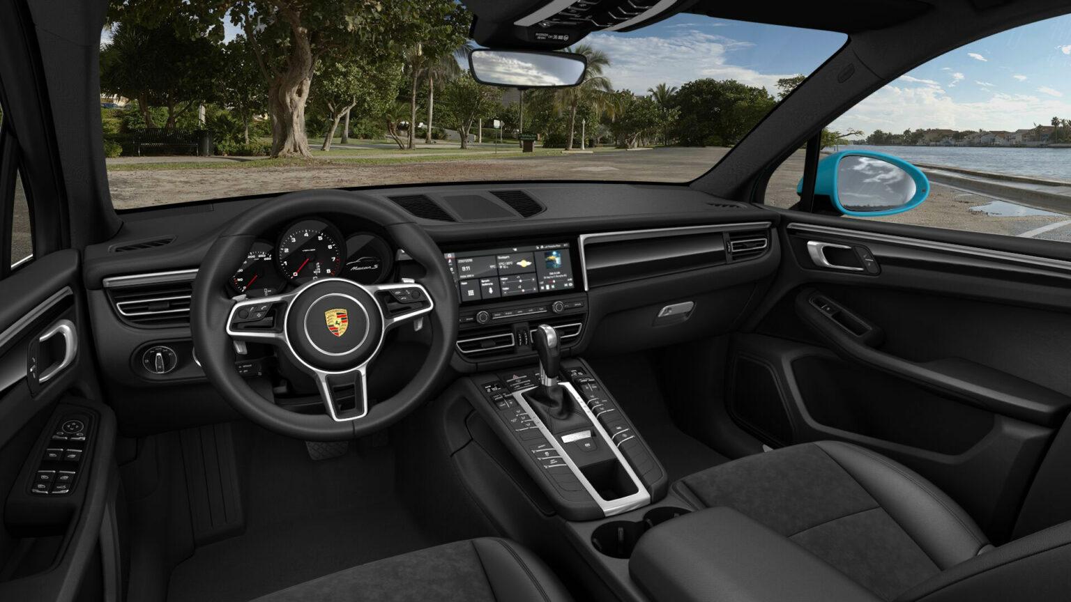 Porsche Macan S interior 01