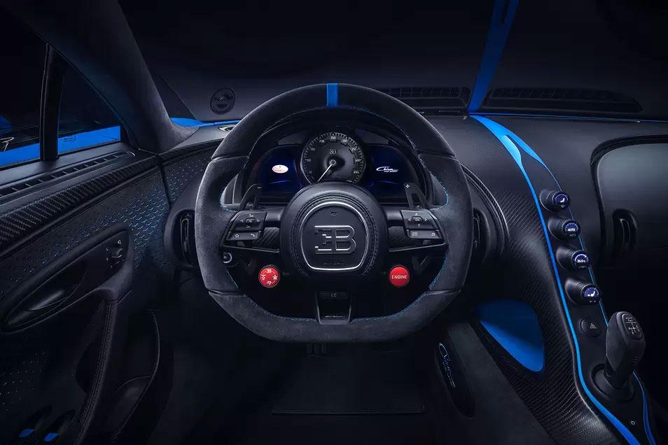Bugatti Chiron Pur Sport Interior 03