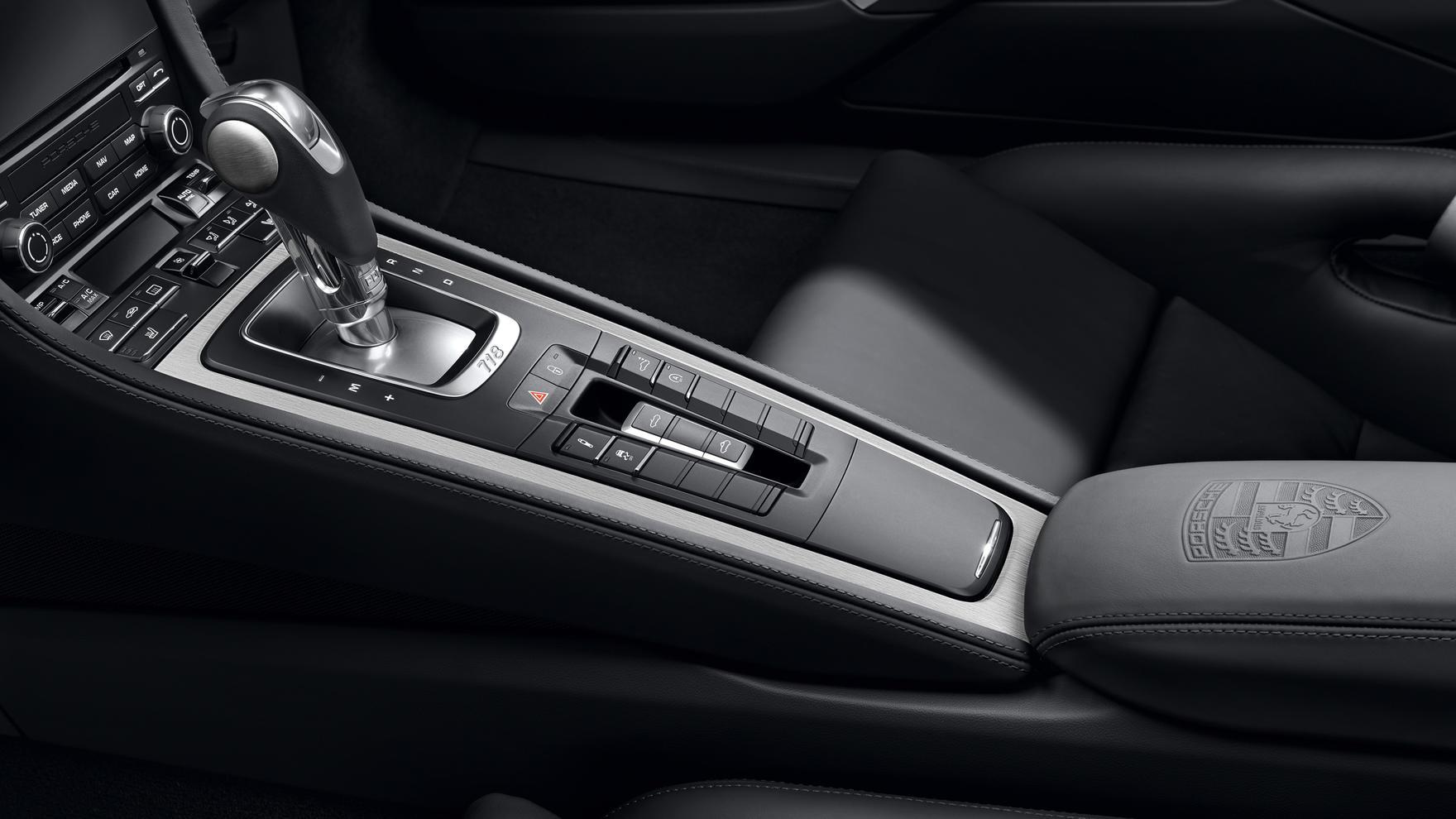 Porsche 718 Cayman S Interior 12